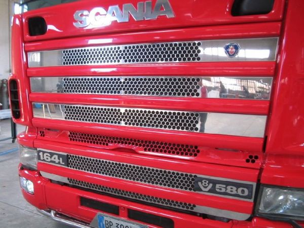 Scania 4 Series Honeycomb Grill Kit