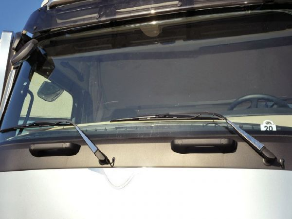 Mercedes Actros 2012 Windscreen Wiper Protection