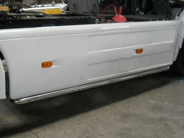 Iveco Stralis Right Side Side Bar